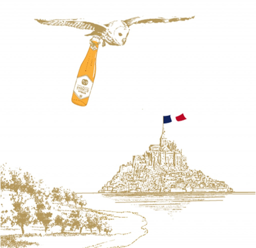 La Chouette flying over the Mont Saint Michel